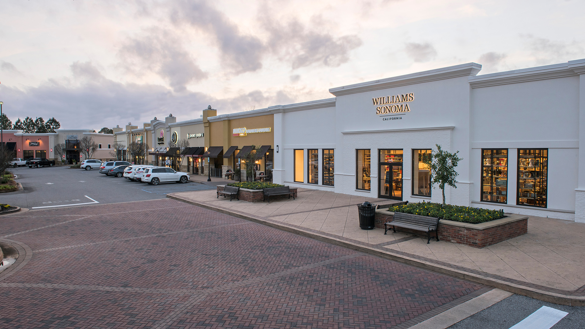 Pottery Barn Cleveland Ohio: Legacy Village At Spring Hill Shopping Center